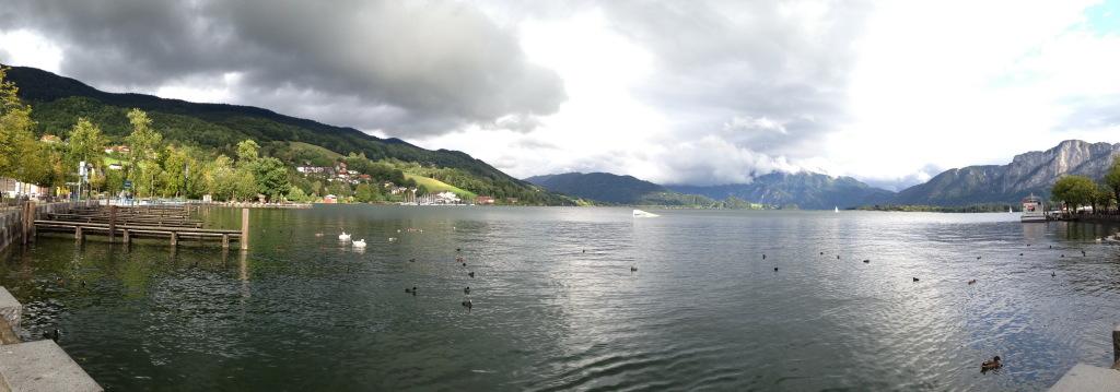 Панорама набережной Mondsee